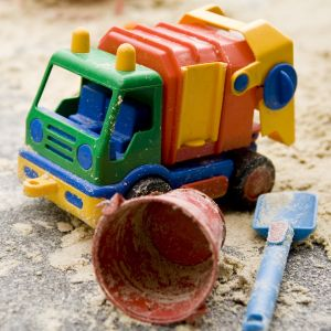Unusual use of toys in infancy a clue to later autism
