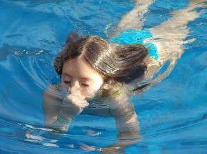 Swimming lessons do not increase drowning risk