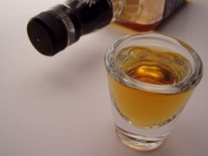 http://medicineworld.org/images/blogs/7-2008/alcohol-451230.jpg
