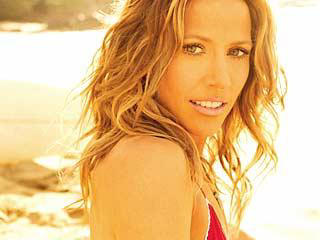 Sheryl Crow Undergoes Breast Cancer Surgery